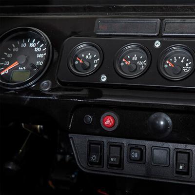 Приборная панель УАЗ Хантер в новом кузове | Купить автомобиль в салоне ТОРГМАШ в Москве