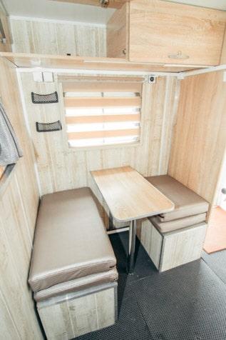 Кухонный блок Автодома 4x4 на базе УАЗ Профи