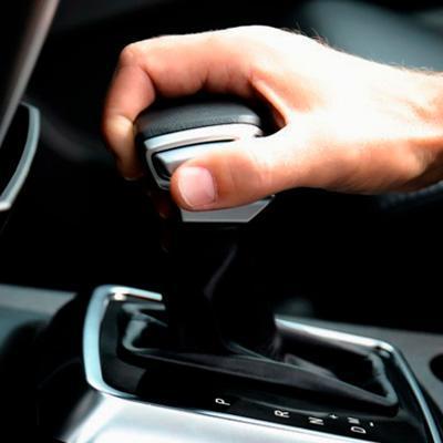 Новый рычаг коробки передач с отделкой кожей УАЗ Патриот Экспедиция с АКПП