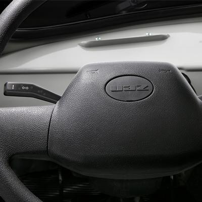 Руль санитарного полноприводного автомобиля УАЗ